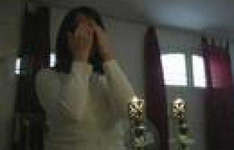 Aish: How To Light Shabbat Candles