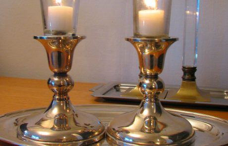 An Academic Approach to the Meaning of Shabbat Candles