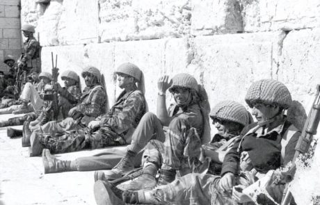 The Battles of the Paratroopers in the Six Day War