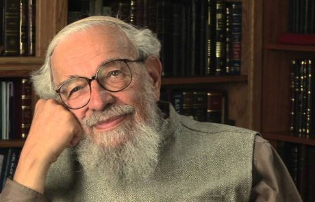 Reb Zalman Schachter Shalomi: Shabbat Candle Lighting as a Lesson in Faith